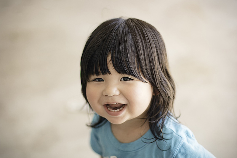 How to Photograph Happy, Smiling Kids Every Time